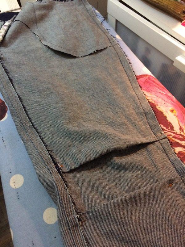 jeans - cycling knee pleats inside
