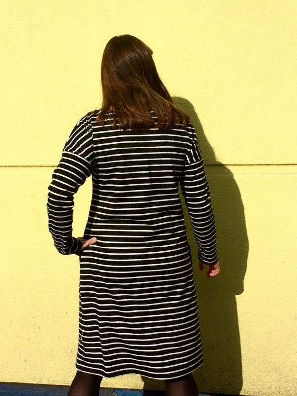 Breton dress - back detail