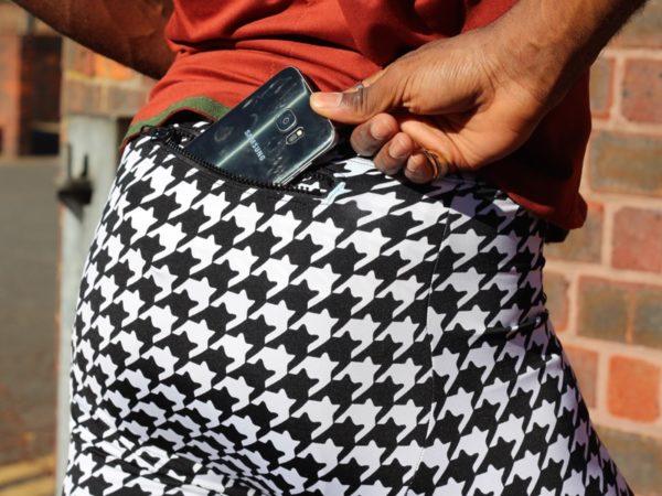 Jason Lightspeed - zipper pocket with phone