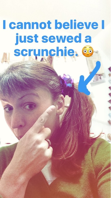 sewing a scrunchie