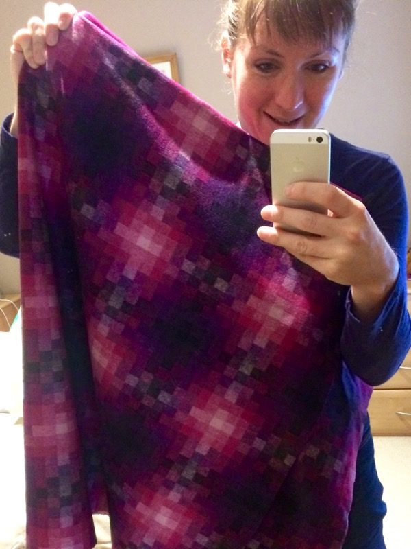 geometric wool - mirror selfie